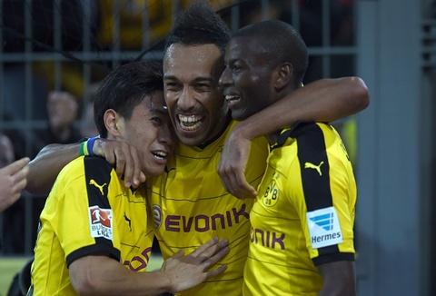 Kagawa lap cong giup Dortmund thang kich tinh Bremen hinh anh