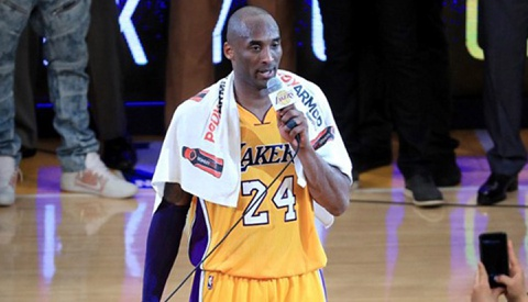 Kobe Bryant xuc dong noi loi chia tay khan gia hinh anh