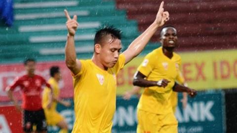 Highlights Dong Tam Long An 2-5 Hai Phong hinh anh