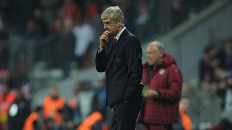 Nhung cach giup Arsenal thoat phan lot duong o Cup C1 hinh anh