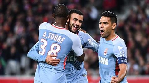 Highlights Falcao lap cu dup giup Monaco bang diem PSG hinh anh