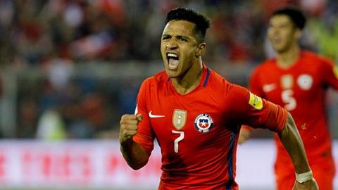 Highlights Brazil khien Sanchez, Vidal o nha xem World Cup hinh anh
