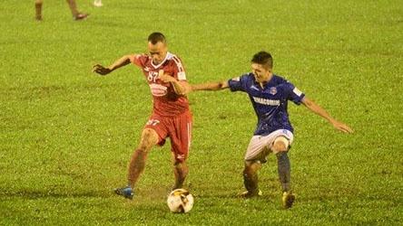 Highlights CLB Quang Ninh nguoc dong danh bai CLB TP.HCM hinh anh