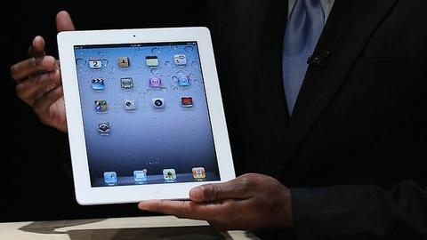 Vi sao Apple van ban iPad 2 hinh anh