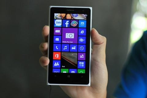 Nokia Lumia 1020 cung ha gia 3 trieu theo 1520 hinh anh