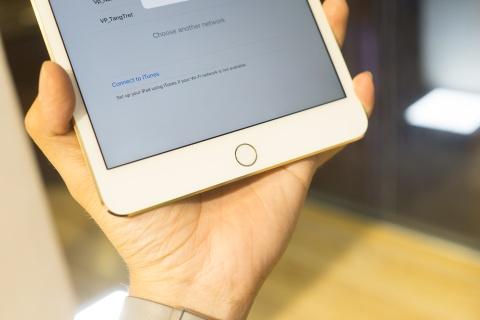 Mo hop iPad Mini 4 dau tien ve VN, gia tu 9,5 trieu dong hinh anh 11
