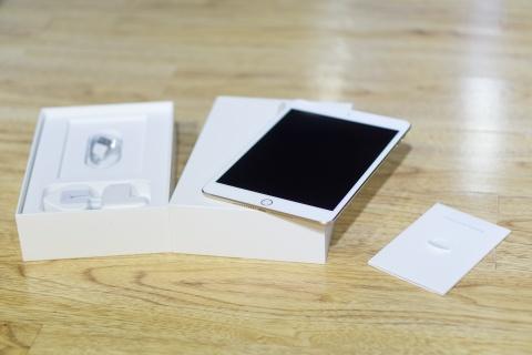 Mo hop iPad Mini 4 dau tien ve VN, gia tu 9,5 trieu dong hinh anh 3