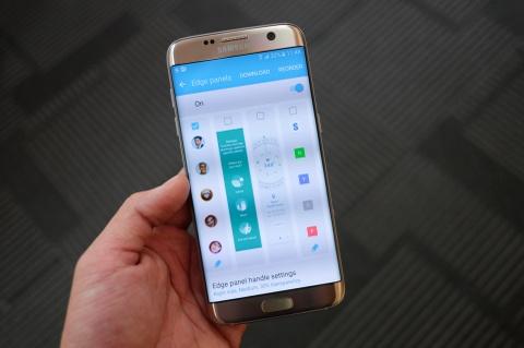 Mo hop Galaxy S7 va S7 edge sap ban o Viet Nam hinh anh 16