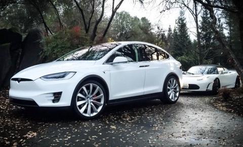 Xe dien Tesla Model 3 co thuc su bao ve moi truong? hinh anh