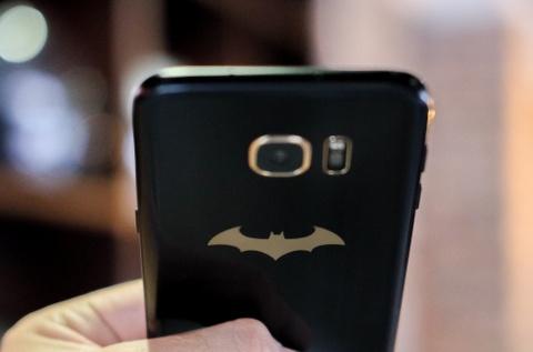 Mo hop Galaxy S7 edge ban Batman chinh hang hinh anh 15