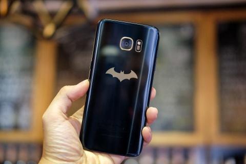 Mo hop Galaxy S7 edge ban Batman chinh hang hinh anh 7
