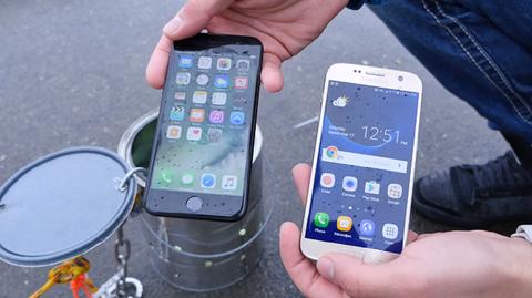iPhone 7 chong nuoc tot hon Galaxy S7 hinh anh
