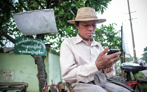 Zalo va tham vong 50% thi phan tai Myanmar hinh anh