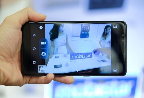 Mobiistar ra mat smartphone 3 camera, co may quet mong mat hinh anh 5