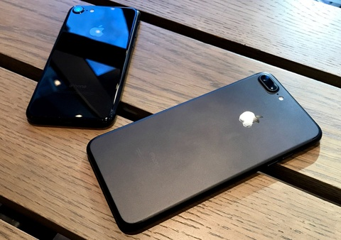 Mua iPhone 7 xach tay loai nao de duoc bao hanh o Viet Nam? hinh anh