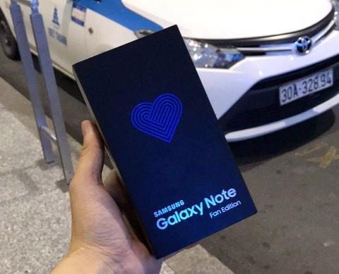 Galaxy Note FE bat ngo ve VN truoc ngay ban, gia 15 trieu hinh anh