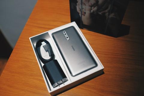 Anh Nokia 8 camera kep, Snapdragon 835, gia 13 trieu o VN hinh anh 2