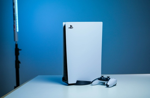 PlayStation 5 khan hiem, Sony loay hoay tim nguon cung ung hinh anh