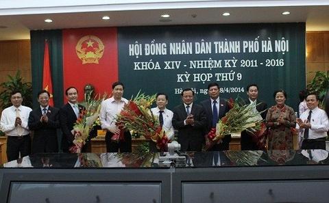 Thu tuong dong y them 3 pho chu tich Ha Noi hinh anh