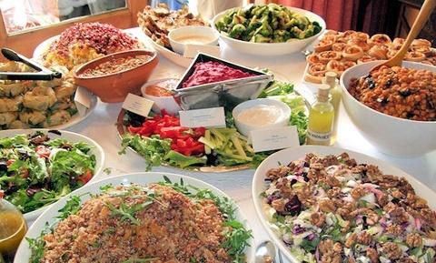 An tiec buffet nhu the nao de khong co nguy co nhiem benh? hinh anh