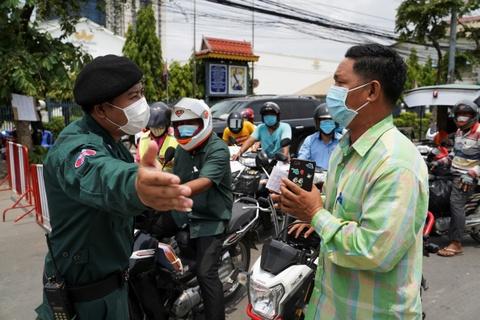 Them 291 ca nhiem, Campuchia se phat tu nguoi vi pham lenh phong toa hinh anh