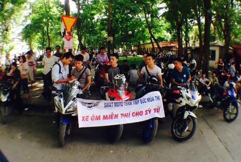Nu biker Ha Noi dung mo to dua don si tu mien phi hinh anh