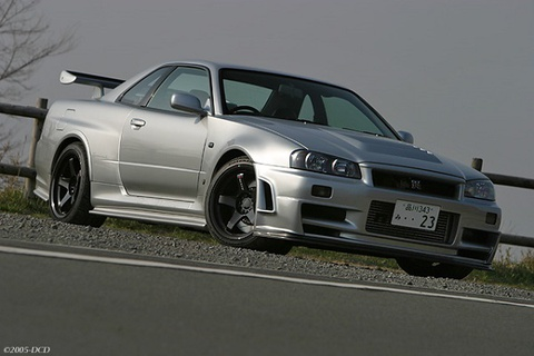Nissan Skyline GT-R hiem dat hon Lamborghini Aventador SV hinh anh
