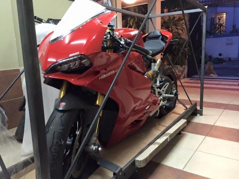Sieu moto Ducati 1299 Panigale S dau tien ve VN gia 1 ty hinh anh