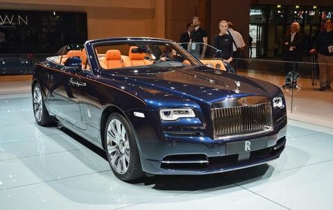 Rolls-Royce trung bay xe mui tran Dawn tai trien lam xe Duc hinh anh