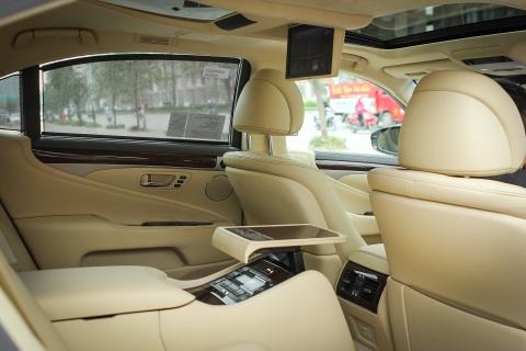 Lexus LS460L 2016 tai Ha Noi hinh anh 11