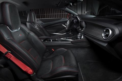 Xe the thao Chevrolet Camaro ZL1 cong suat 640 ma luc hinh anh 8