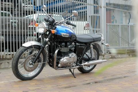 Chi tiet moto Anh hon 800 phan khoi tai Ha Noi hinh anh 12