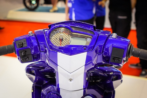 Chi tiet Exciter 150 do phong cach sieu moto YZR-M1 hinh anh 5
