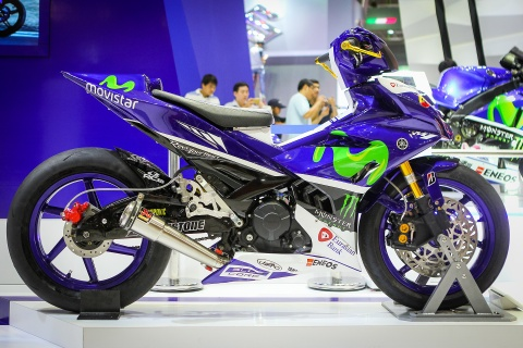 Chi tiet Exciter 150 do phong cach sieu moto YZR-M1 hinh anh 1