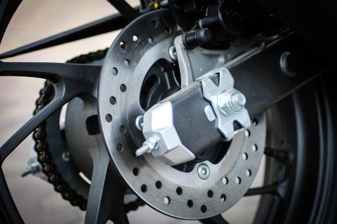 Honda CBR150R 2016 tai VN: the thao hon, giong Yamaha R15 hinh anh 14