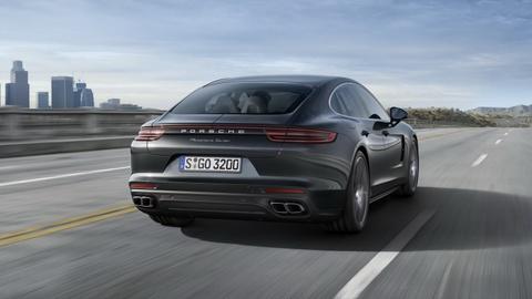 Porsche Panamera 2017 thay doi thiet ke, dong co hinh anh 8