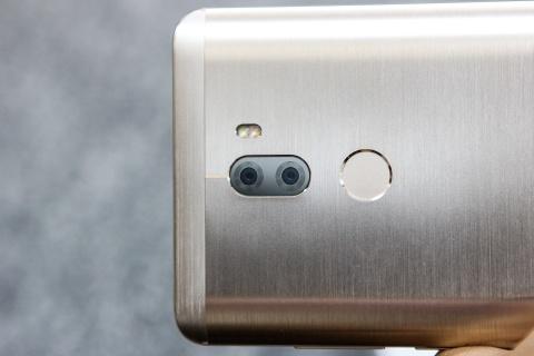 Xiaomi Mi 5s Plus dau tien ve Viet Nam gia hon 10 trieu hinh anh 5