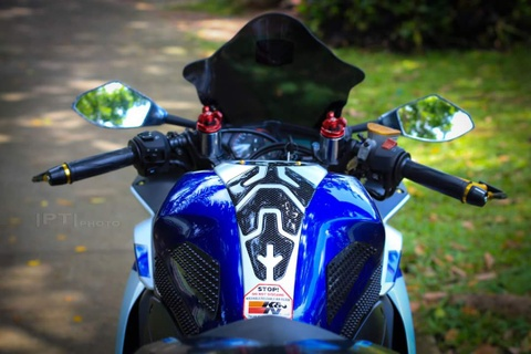 Yamaha YZF-R3 len nhieu do choi cua biker Viet hinh anh 4