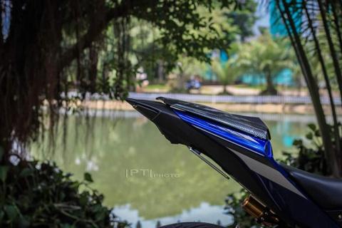 Yamaha YZF-R3 len nhieu do choi cua biker Viet hinh anh 5
