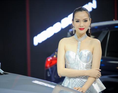 Dan chan dai tai Vietnam Motor Show 2016 hinh anh 9