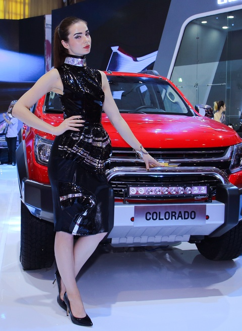 Dan chan dai tai Vietnam Motor Show 2016 hinh anh 15