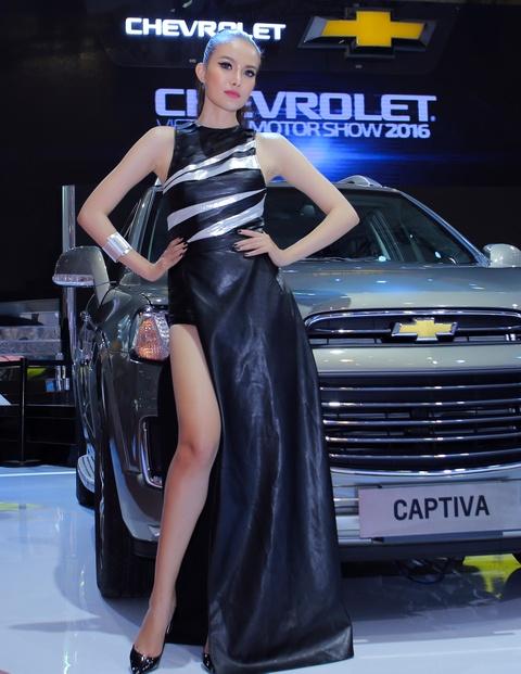 Dan chan dai tai Vietnam Motor Show 2016 hinh anh 6