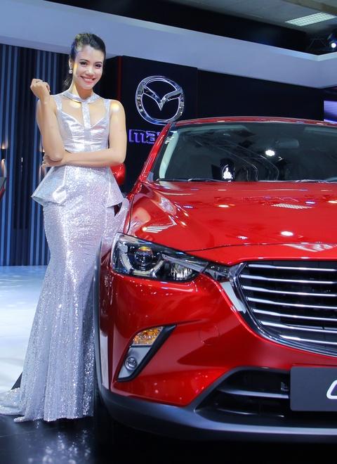 Dan chan dai tai Vietnam Motor Show 2016 hinh anh 10