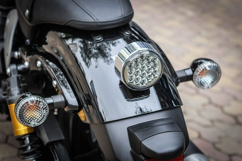 Yamaha XV950 Racer 2016 gia hon 300 trieu tai Viet Nam hinh anh 8