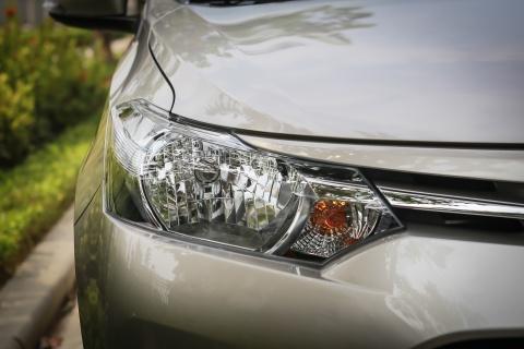 Toyota Vios 1.5E CVT 2016 gia 588 trieu hinh anh 4