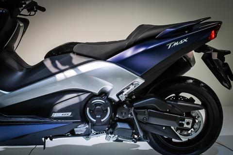 Yamaha trinh lang TMAX 2017 - xe tay ga 530 phan khoi hinh anh 8