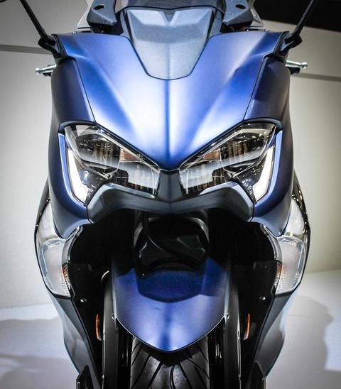 Yamaha trinh lang TMAX 2017 - xe tay ga 530 phan khoi hinh anh 4