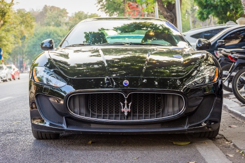 Xe hiem Maserati GranTurismo MC Stradale hon 9 ty tai Ha Noi hinh anh