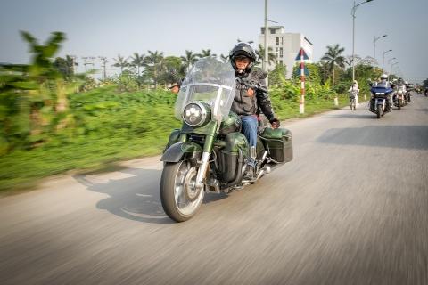 Biker Viet chay Sai Gon ra Ha Noi trong 3 ngay hinh anh 3