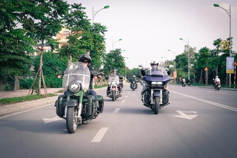 Biker Viet chay Sai Gon ra Ha Noi trong 3 ngay hinh anh 5